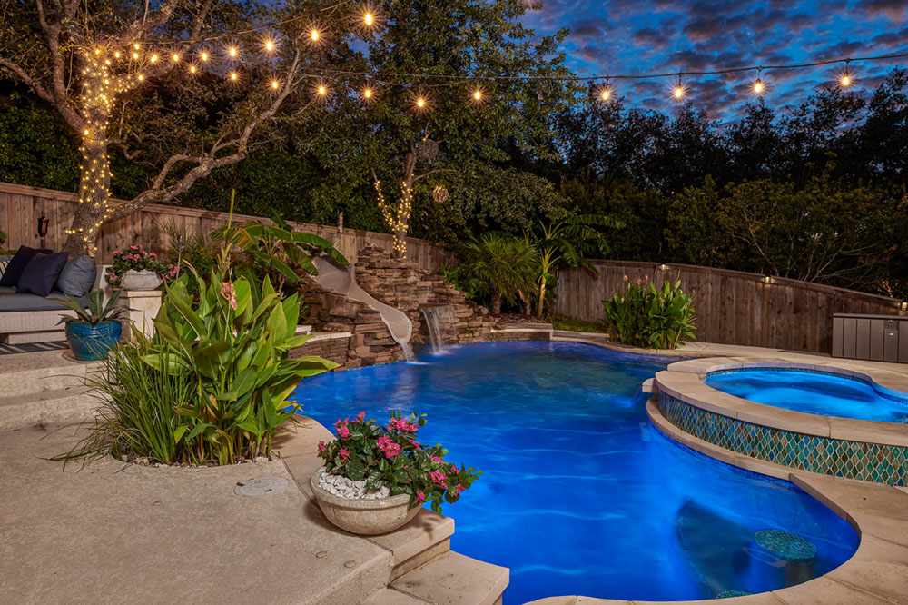 Great georgetown swimming pool service company companies for Swimming pool surrounds design